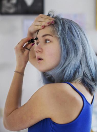 Неидеальная форма пупка: как девочки-подростки относятся к своей внешности