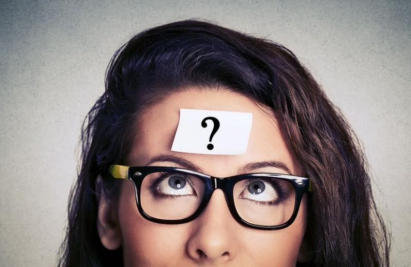 12 безобидных привычек, которые выдают психологические проблемы