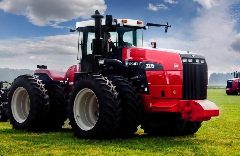 10 российских тракторов: наши поля – наши машины