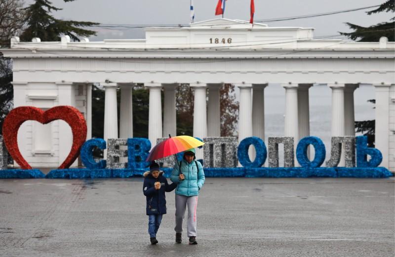Жертва борьбы элит. Почему Путин снова сменил губернатора Севастополя