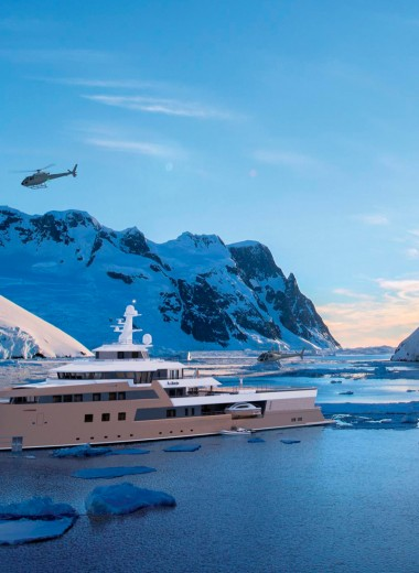 «Дача» для миллиардера: как выглядит изнутри яхта-ледокол Олега Тинькова