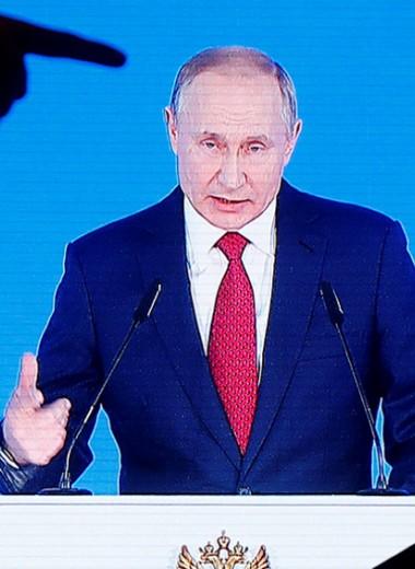 Путин принял удар на себя: почему пандемия подрывает рейтинг президента