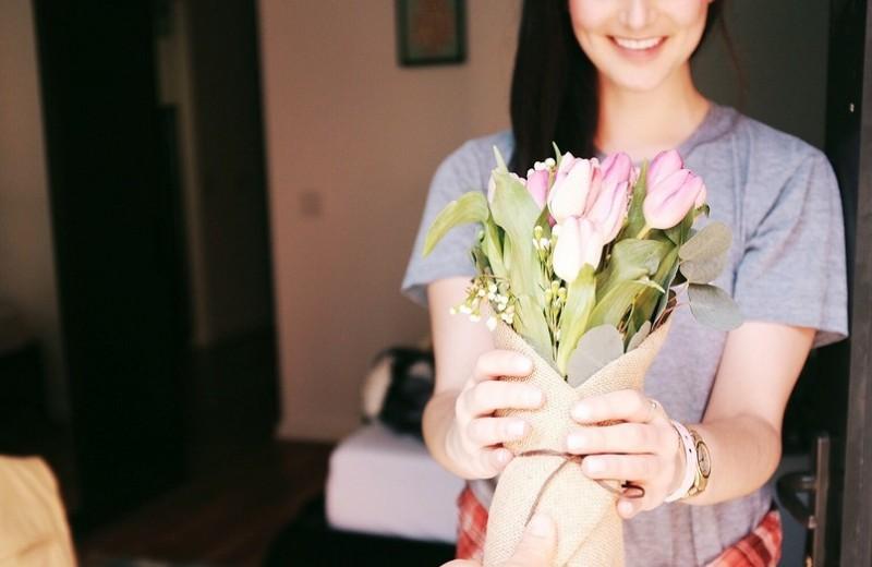 Худшие подарки на 8 марта: пожалуйста, не покупай их своей девушке