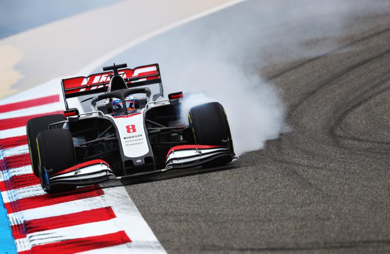Как пилоты «Формулы-1» выходят из аварий целыми и (почти) невредимыми