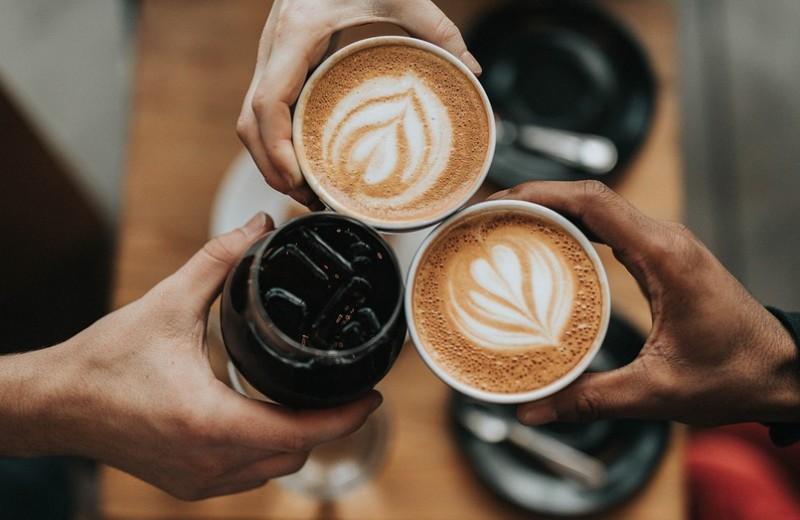 5 простых способов прокачать свой кофе витаминами и антиоксидантами (и это будет вкусно)