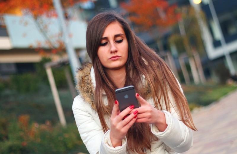 4 ситуации, когда расстаться с девушкой в мессенджере нормально (иначе никак)