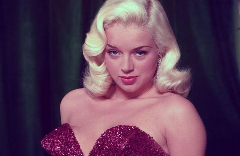 Не только Мэрилин Монро: еще шесть шикарных блондинок 1950-х