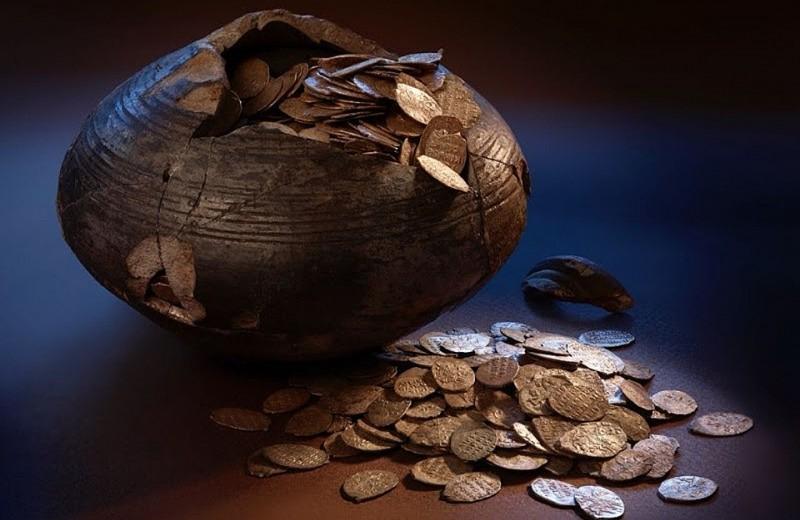 В Подмосковье найдена кубышка с 400-летним кладом