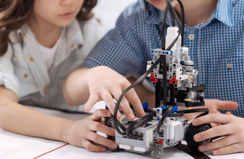 Ребенок и роботы: волноваться или нет?