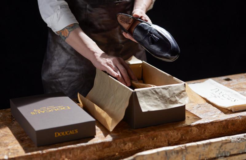 Владелец обувного бренда Doucal's — о ручной работе и письме из Ватикана