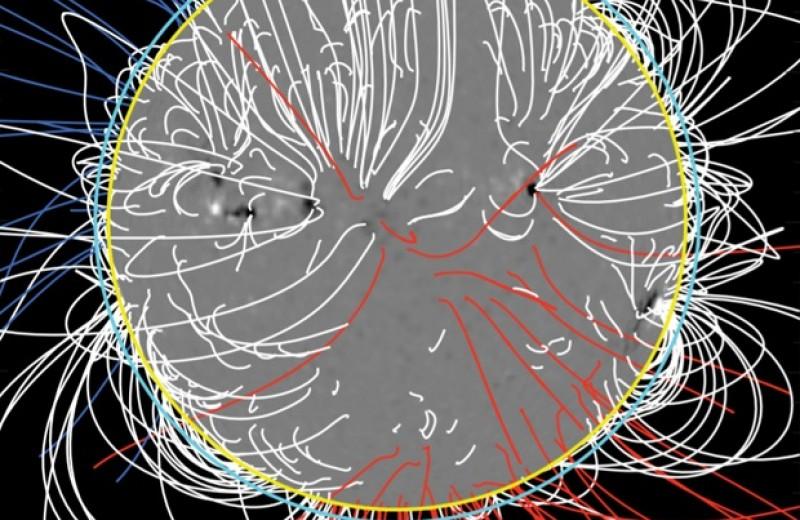 Физики научились измерять магнитные поля во всей солнечной короне