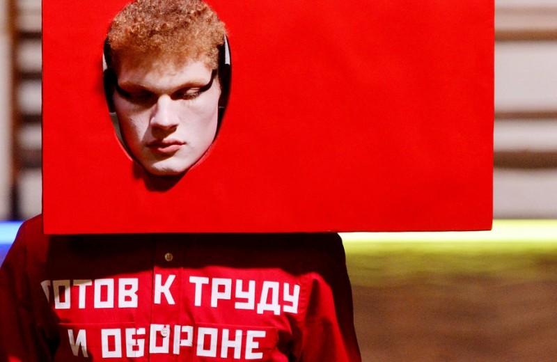 «Вместо этого появится что-то новое»: 5 лучших показов Гоши Рубчинского