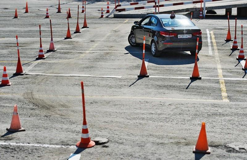 Экзамен по вождению изменится до конца года: эксперт — об инициативе ГИБДД