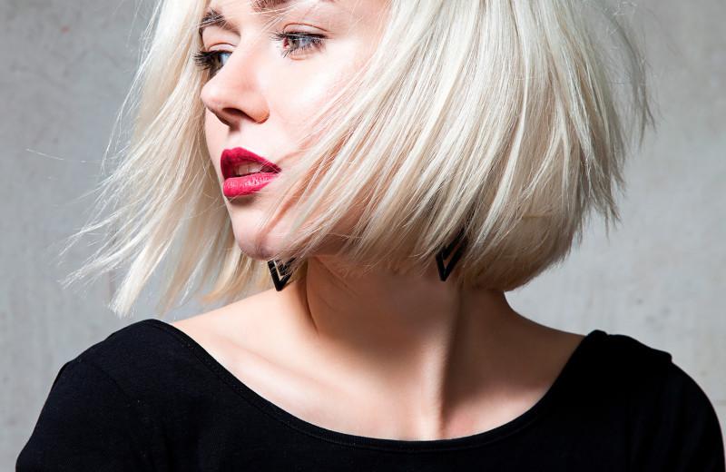 Как осветлить волосы в домашних условиях быстро и безопасно