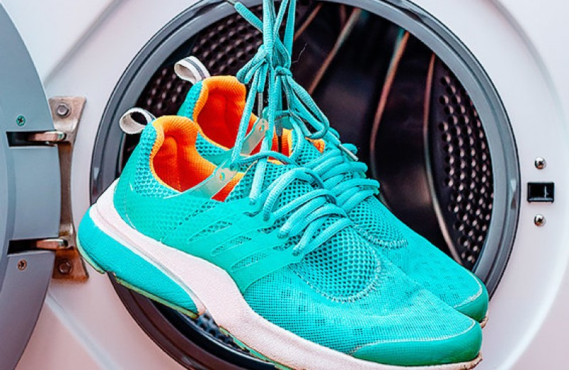Как правильно стирать кроссовки: лучшие советы