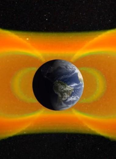 В магнитном поле Земли продолжает расширяться гигантская аномалия
