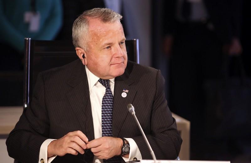 Техническая фигура без политического веса: что известно про будущего посла США в РФ