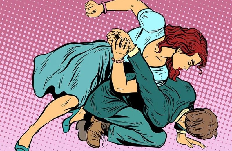 Как правильно защищаться от женщины: три правила самообороны
