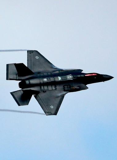 Бракованная игрушка. Почему самый дорогой истребитель не летает