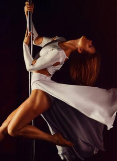 Тренируем грацию: 3 элемента pole dance для