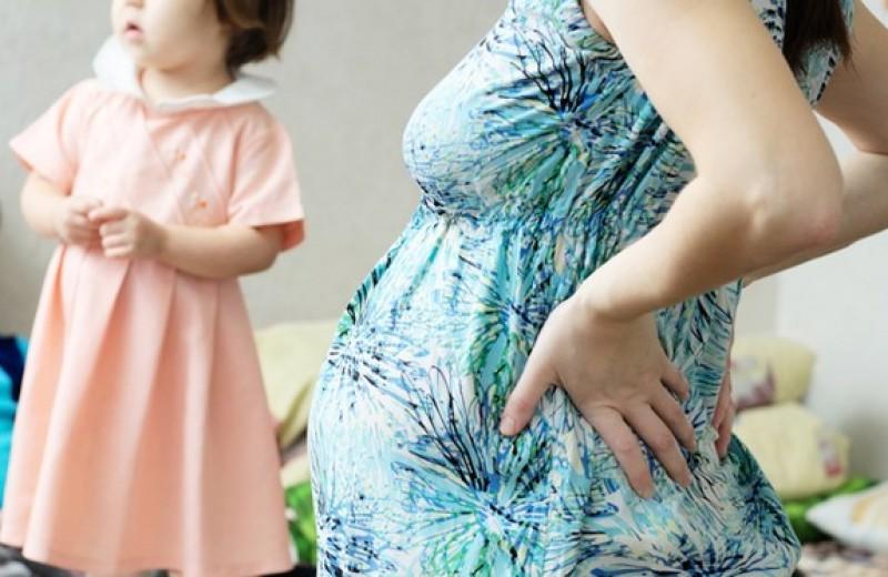 Вечно беременные: зачем некоторые женщины хотят быть многодетными?