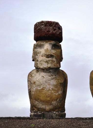 Как истуканы острова Пасхи получили свои шляпы?