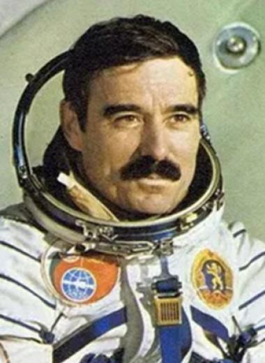 Посадка советских космонавтов в США посреди холодной войны