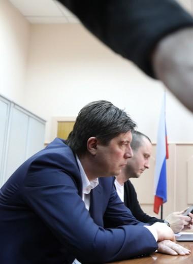 Пора валить?Топ-9 уголовных дел в отношении крупного бизнеса в России