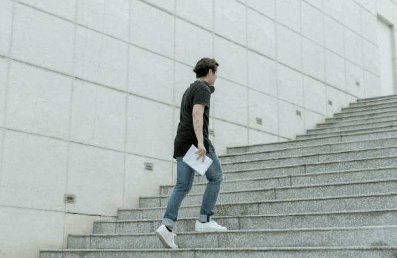 Достаточно ли проходить 10 000 шагов в день?