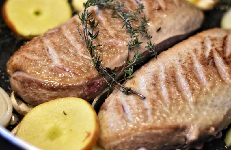 Особая диета: 10 реальных примеров каннибализма среди людей