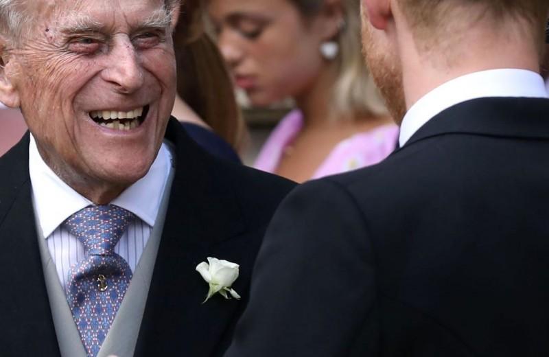 Вечеринка и салют из пистолетов: мужу британской королевы исполнилось 98 лет