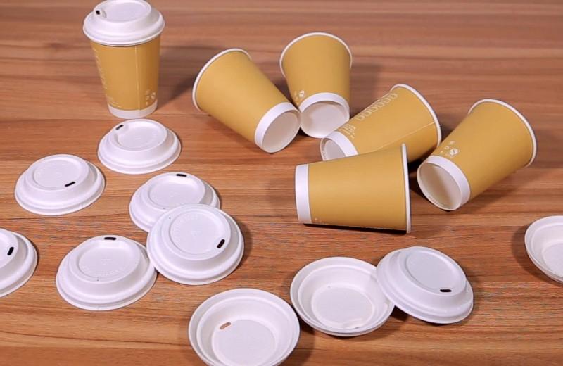 Петр Кабин хочет, чтобы кофе встаканчиках продавался сбумажной крышкой.Большой бизнес внего неверит. Поверите вы?