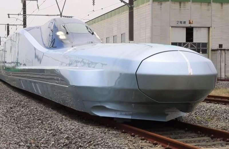 Каким будет самый быстрый поезд мира: видео испытаний