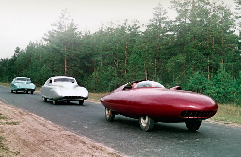 Скорость и стиль: 7 самых крутых спорткаров из СССР