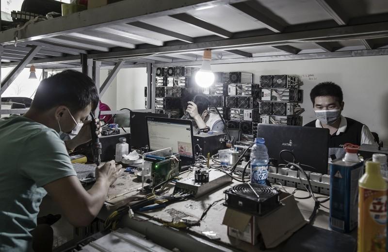 Китайская криптограмота: как стать мировым лидером блокчейна, запрещая криптовалюты