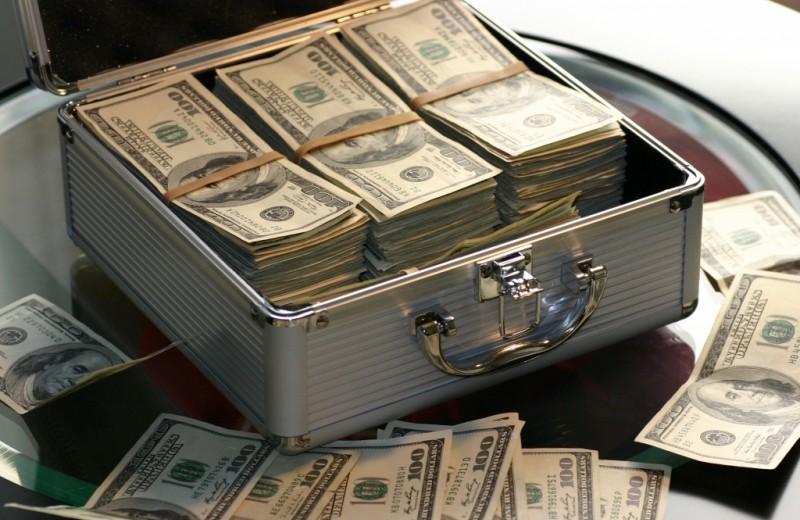 Чайный пакетик за $14000 и туалетная бумага за $376900: удивительно бестолковые дорогие вещи