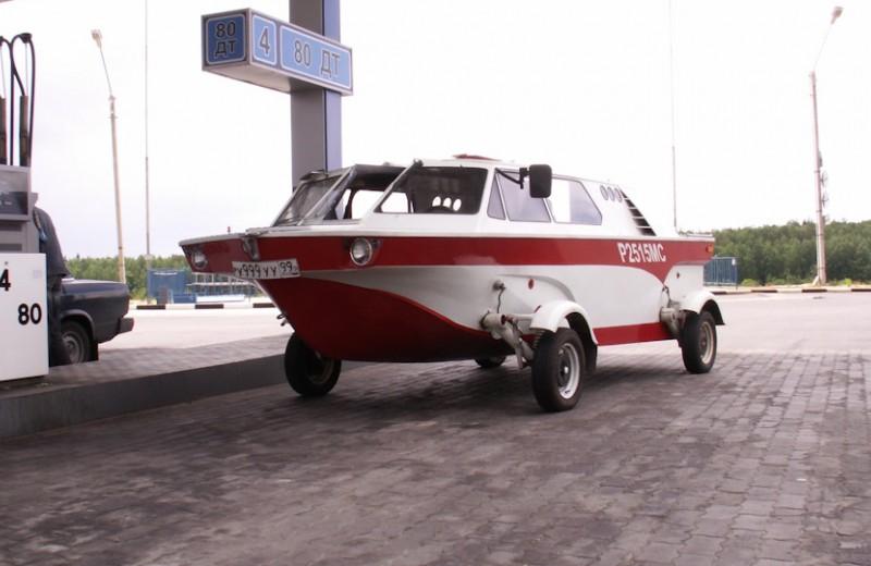 Советский автомобиль-амфибия, которую построил музыкант