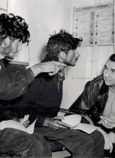 Как четыре советских солдата 49 дней выживали на дрейфующей в океане барже с трехдневным запасом еды