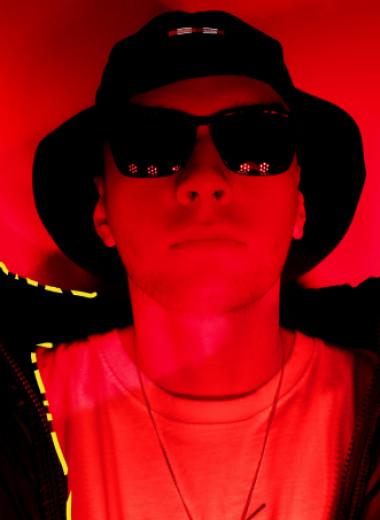 Tveth – об анонимности, индустрии и творческих объединениях