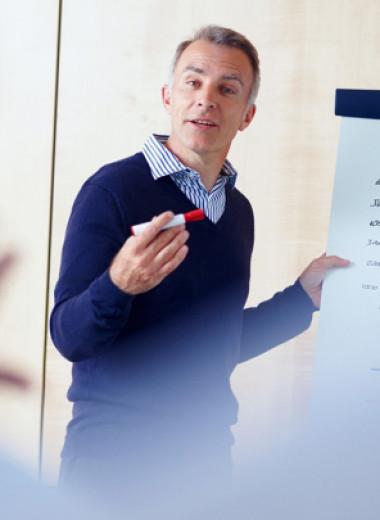 Ловушка ложной скромности: почему самореклама не ругательство, а залог успеха