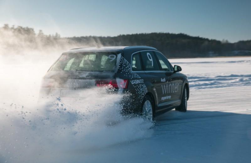 Скользящий момент: школа зимнего вождения Audi на Ладожском озере