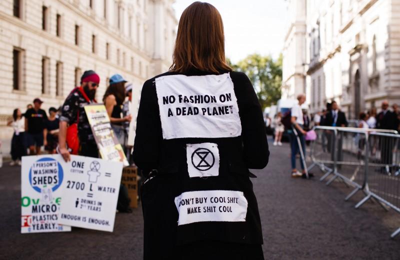 Насколько экологичные инициативы модных брендов оправдывают себя