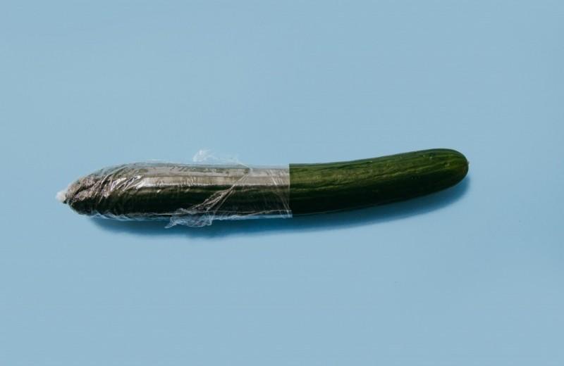 Как правильно надевать презерватив: инструкция и ответы на самые частые вопросы
