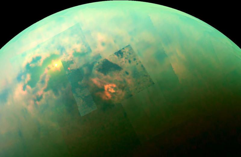 В атмосфере Титана обнаружили странную органическую молекулу