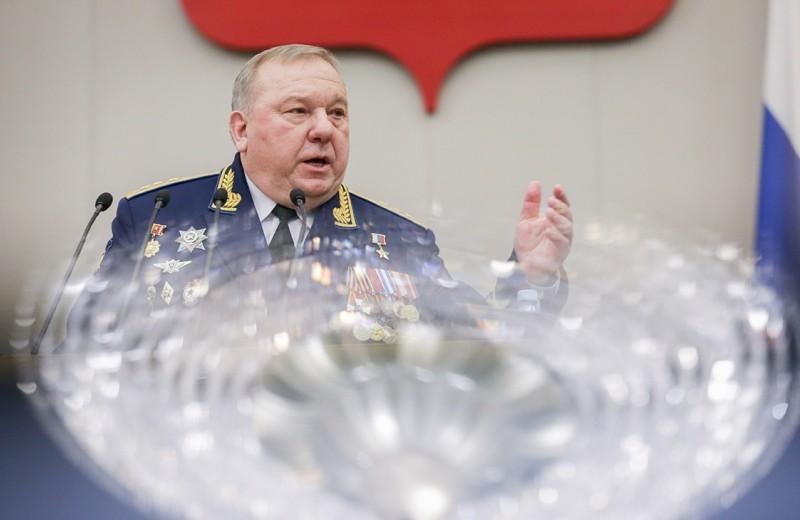 Генерал Шаманов начал наступление на бюджет