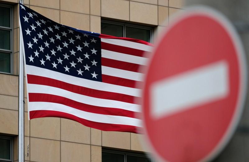 Козлы отпущения. США сосредоточат санкции на российских олигархах