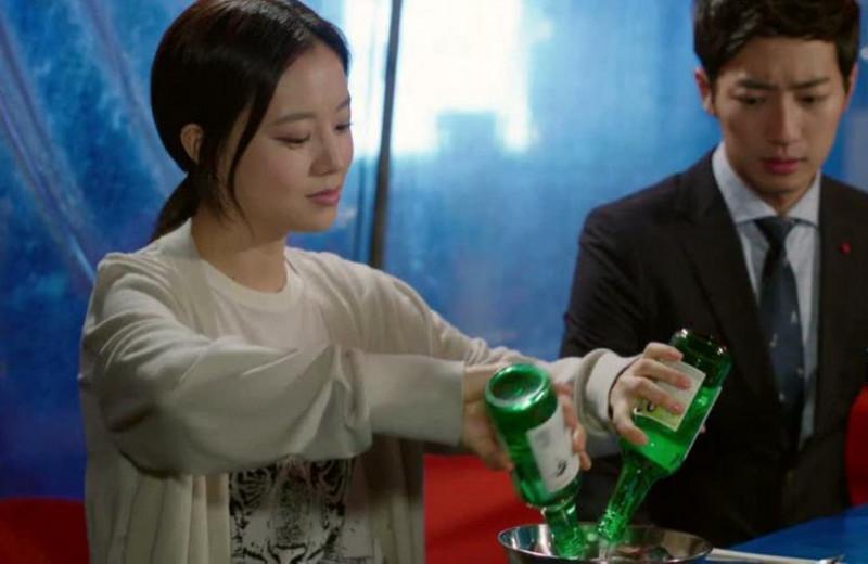 Как пить соджу: секреты употребления популярной корейской водки