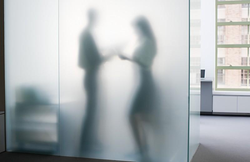 Нашествие призраков: почему стало нормой исчезновение сотрудников сразу после приема на работу