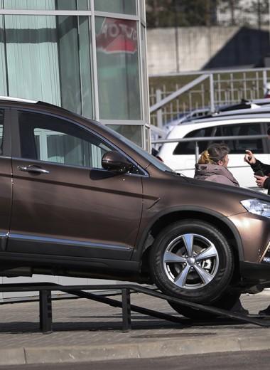 Регистрация у дилеров и езда без номеров: ГИБДД дала разъяснения