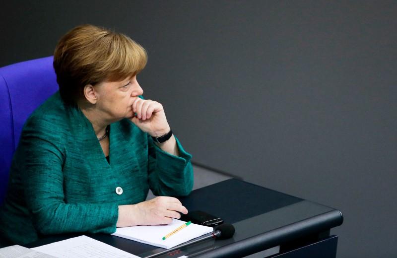 Шанс «Северного потока — 2». Меркель призвала ЕС не полагаться на помощь США